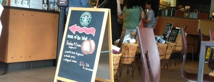 Starbucks is one of Orte, die Sanjeev gefallen.