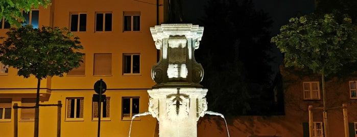 Neptunbrunnen is one of Augsburg.