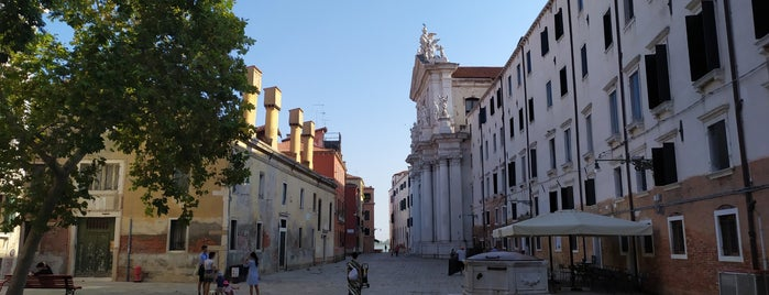 Campo dei Gesuiti is one of Venise visit.