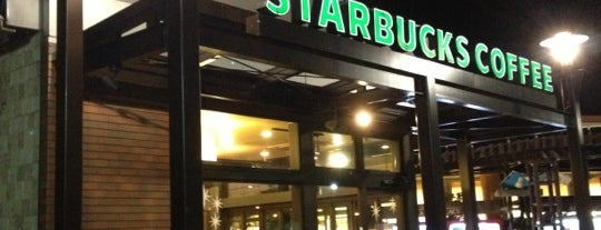 Starbucks is one of Hirorieさんのお気に入りスポット.
