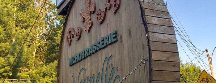 Brasserie De La Nouvelle France is one of Bieres de microbrasseries / Microbreweries beers.
