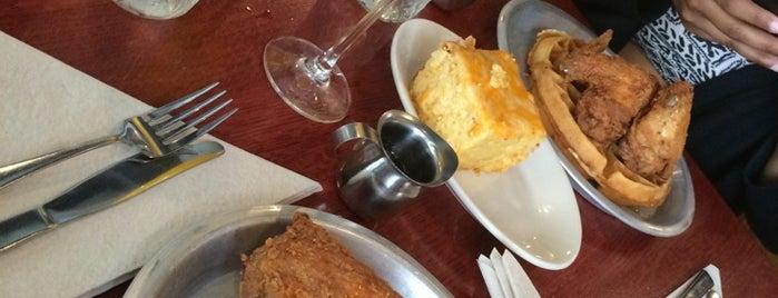 Beasley's Chicken + Honey is one of Locais curtidos por Schaccoa.