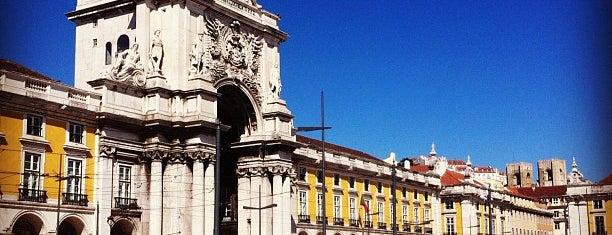 Praça do Comércio (Terreiro do Paço) is one of 101 coisas para fazer em Lisboa antes de morrer.