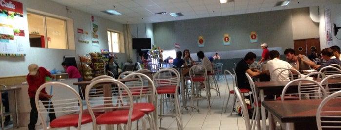 La Cafe Uvm Sur is one of Lugares favoritos de Roberto.
