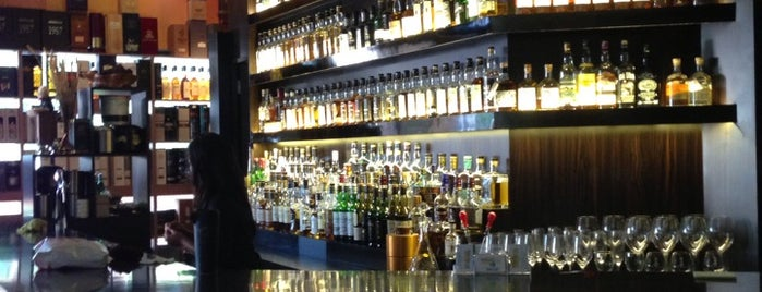 Quaich Bar is one of Whisky Bars - Singapore.