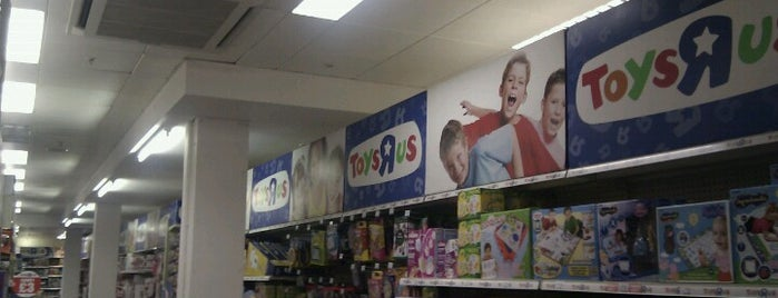 """Toys""""R""""Us is one of Londres."""