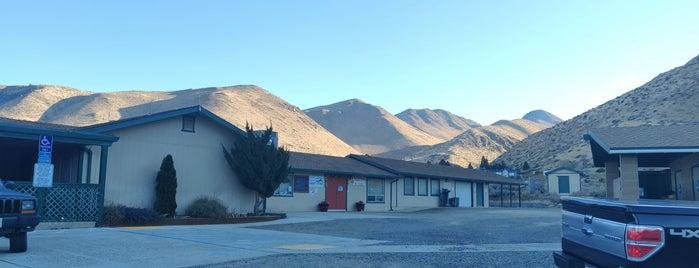 antelope valley community center is one of Posti che sono piaciuti a G.D..