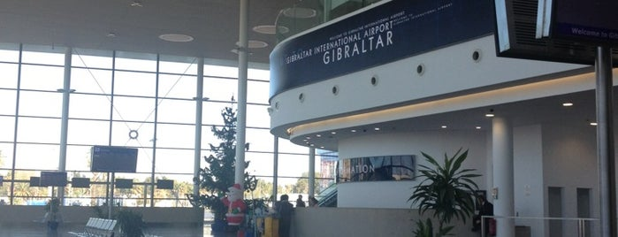 Gibraltar International Airport (GOB) is one of Carl'ın Beğendiği Mekanlar.
