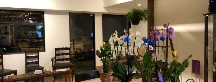 Orquidário Tabacaria e Café is one of Túlioさんのお気に入りスポット.
