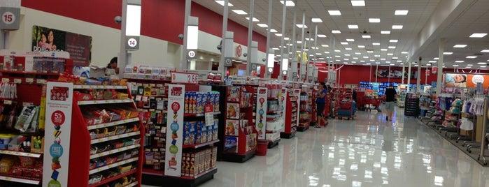 Target is one of สถานที่ที่ Andrew ถูกใจ.
