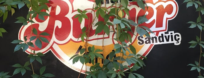 Burger Land Balgat is one of Taha Onderさんのお気に入りスポット.