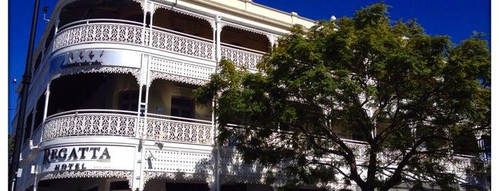 Regatta Hotel is one of Orte, die Kat gefallen.