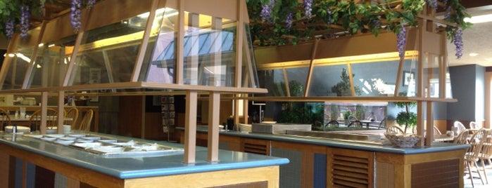 Parkside Cafe is one of Lugares favoritos de Evan.