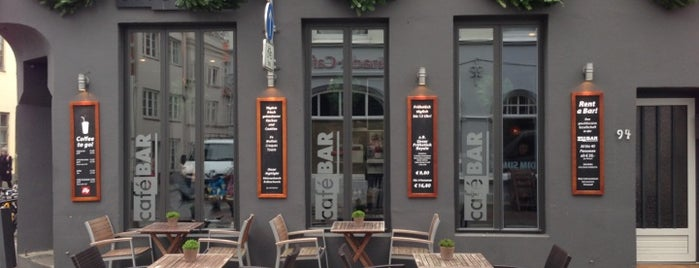 Café Bar is one of Alexander : понравившиеся места.