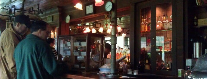 Distillery Bar & Pub - McMenamins Edgefield is one of Food & Drink.