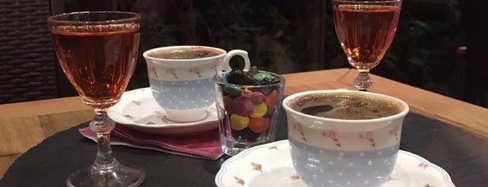 Fıstık Cafe is one of Lugares favoritos de Oral.