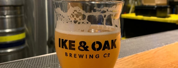 Ike And Oak Brewing is one of Chicago area breweries.