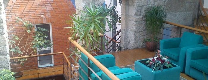 Santos Residencial Hotel Guarda is one of Orte, die Americo gefallen.