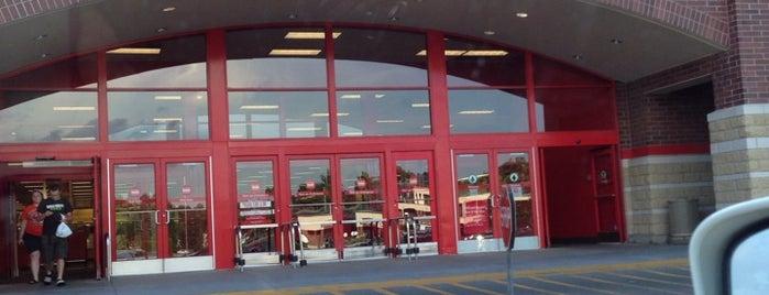 Target is one of สถานที่ที่ Bryan ถูกใจ.