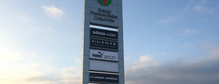 Arauco Premium Outlet Coquimbo is one of Gustavo'nun Beğendiği Mekanlar.