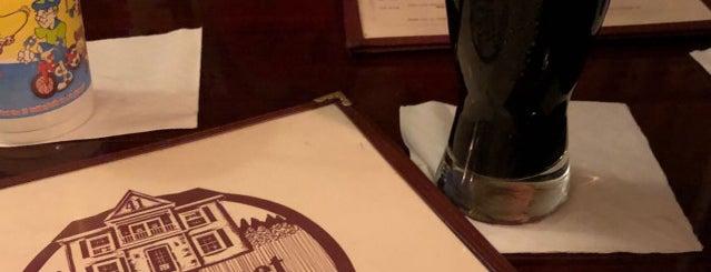 Park Street Pub & Tavern is one of Locais curtidos por Joel.
