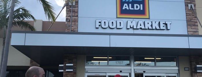 ALDI is one of Locais curtidos por Amaury.