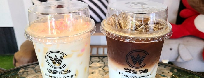 White Cafe is one of อุบลราชธานี_3.