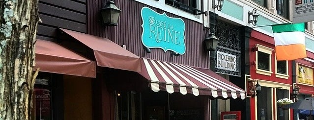 Cafe la Reine is one of Coffee & Bakeries ☕️🥐.