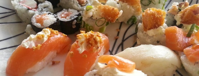 Yantai Express is one of Sushi em Recife.