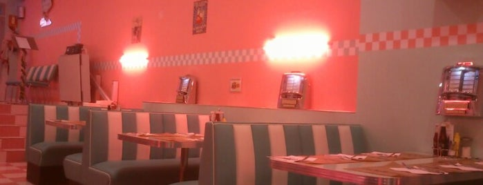 Peggy Sue's is one of COCINA BONITA.