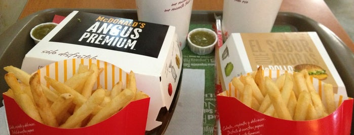 McDonald's is one of Sitios.