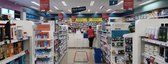 Droga Raia is one of Shopping RioSul Parte 2.