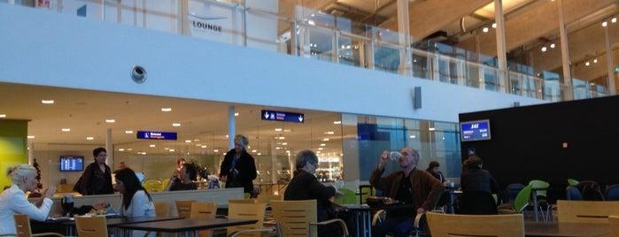 Aalborg Lufthavn (AAL) is one of Skyfall.