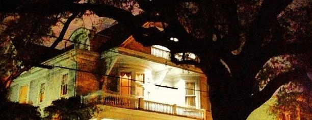Prytania Park Hotel is one of สถานที่ที่ Andrew ถูกใจ.