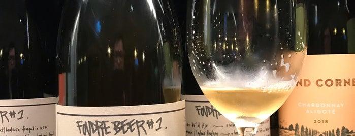 P&V Wine + Liquor is one of Orte, die hello_emily gefallen.