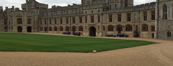 Windsor Castle is one of Lieux qui ont plu à Alex.