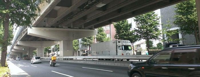 首都高 高架下 246(明治通り交点~多摩川 新二子橋) is one of Japan.