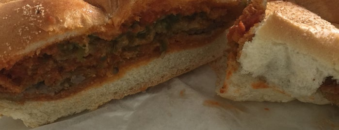 California Sandwiches is one of Orte, die Tom gefallen.