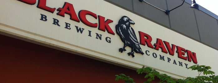 Black Raven Brewing Company is one of Locais curtidos por Mark.
