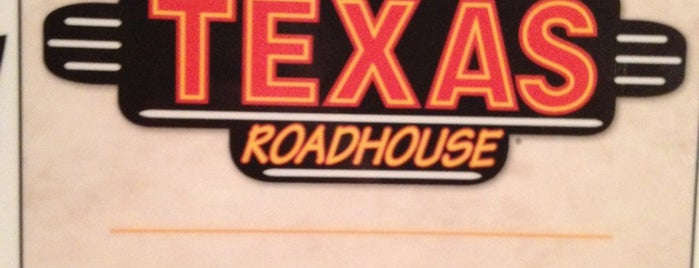 Texas Roadhouse is one of Lugares favoritos de Haluk.
