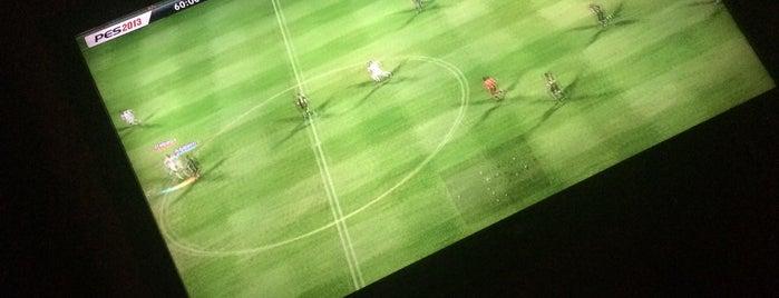 Ozgur Playstation is one of Lugares favoritos de Burcuu.