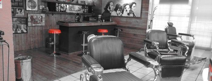 Le Parisien Barber Shop is one of Locais curtidos por Felipe.