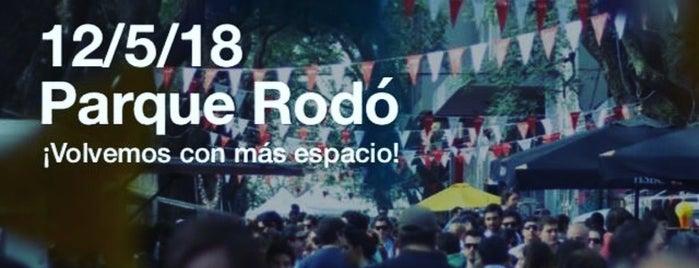 Barrio Jardín (Parque Rodó) is one of Locais salvos de Fabio.