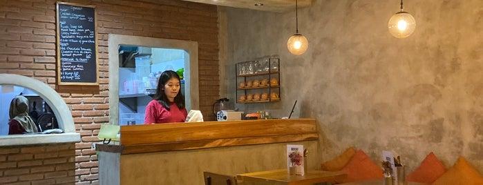 Rocksalt Restaurant is one of Bali 2.0.