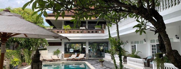 Hotel Santai/Bali Crystal Divers is one of Seminyak+.