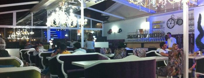 Primo Plus Cafe is one of Lugares favoritos de Semih.