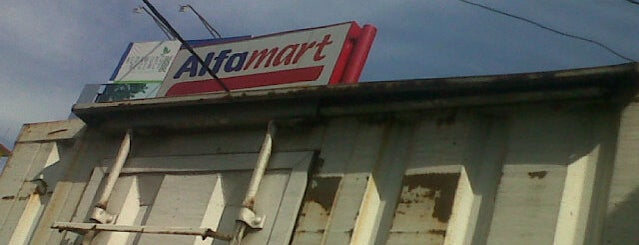 Alfamart tuparev is one of Cirebon.
