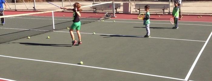 Orange Grove Tennis Court is one of Orte, die Keith gefallen.