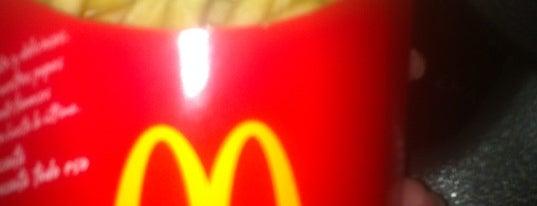 McDonald's is one of Lugares que conozco.