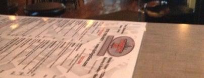 TJ's Flightline pub is one of Lieux sauvegardés par Alice.